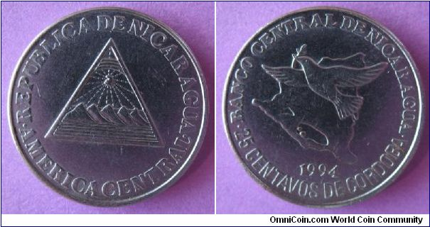 25 centavos de Cordoba.  Obverse coat of arms, reverse outline of country, bird flying above.